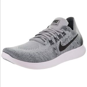 Nike FlyNit 2017 Womens Grey White size 9 NEW